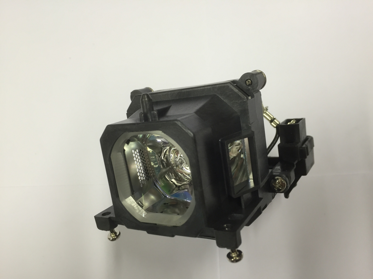ACTO ACTO LX200 Genuine Original Projector Lamp